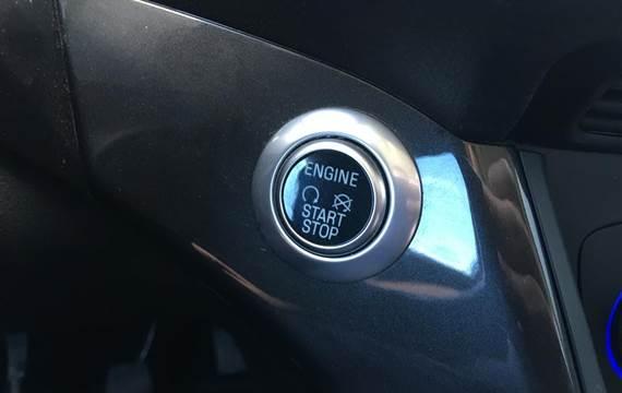 Ford C-MAX 1,0 EcoBoost Titanium  6g