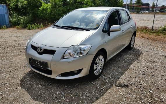 Toyota Auris 1,6 Luna M/M