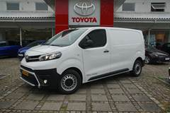 Toyota ProAce Toyota Proace Medium 2,0 D Comfort Masterpakke 122HK Van 8g Aut.