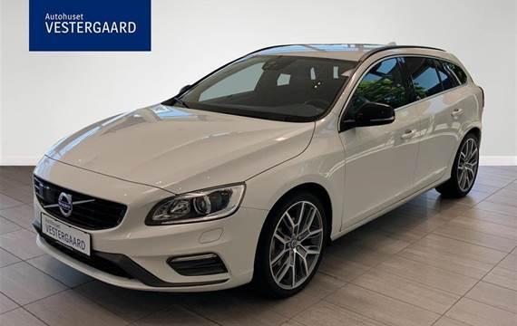 Volvo V60 2,0 D4 R-design  Stc 8g Aut.