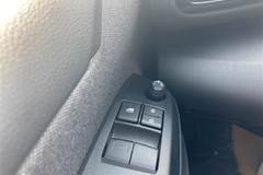 Toyota Yaris 1,5 VVT-I T3  5d 6g Aut.