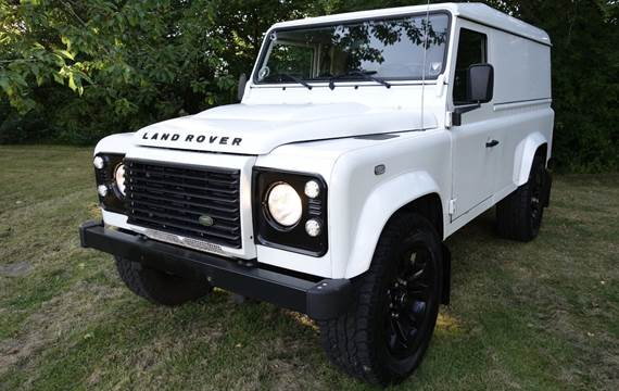 Land Rover Defender 110 2,2 TD Chassis Cab