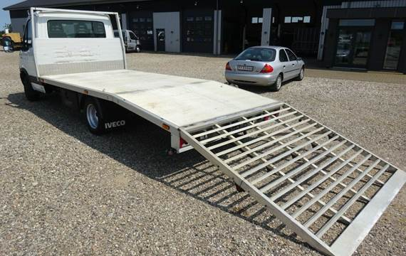 Iveco Daily 3,0 35C21 4100mm Lad