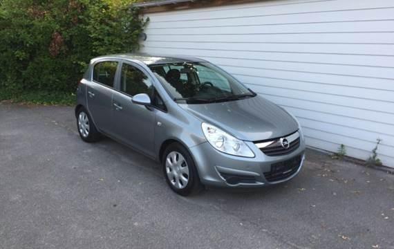 Opel Corsa 1,2 16V Edition 111