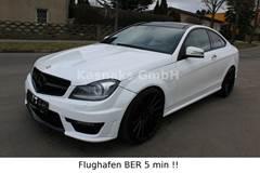 Mercedes C63 AMG , DESIGNO,  PANORAMA , BAK KAMERA!Om Virksomheden: