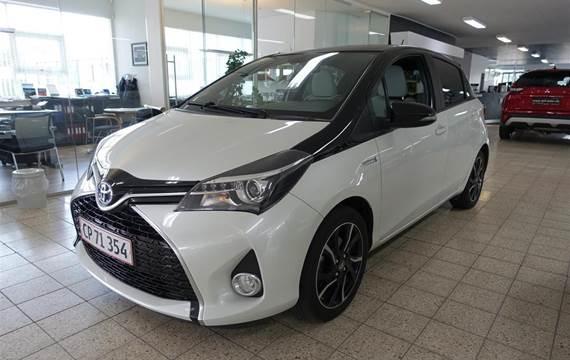 Toyota Yaris 1,5 Hybrid Pure E-CVT  5d Trinl. Gear