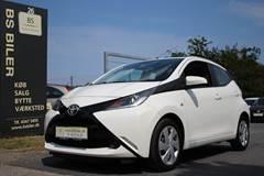 Toyota Aygo 1,0 VVT-i x-play x-touch