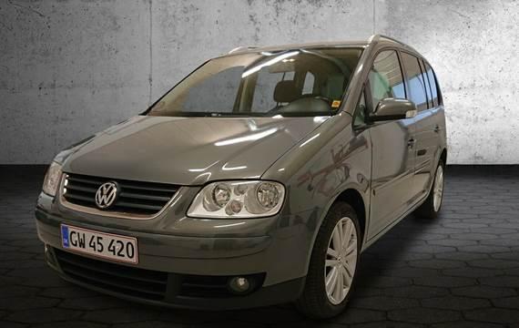 VW Touran 2,0 TDi 140 Highline DSG 7prs