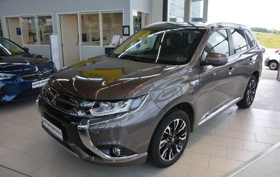 Mitsubishi Outlander 2,0 PHEV Instyle CVT 4WD