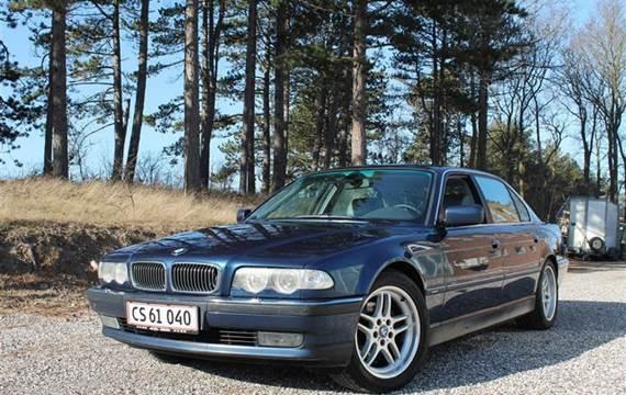 BMW 735i 3,5 L 3,5 235HK Aut.