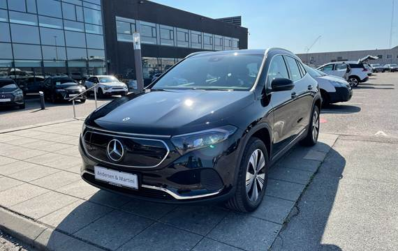 Mercedes EQA250 Mercedes EQA 250 el EL Sport 190HK 5d