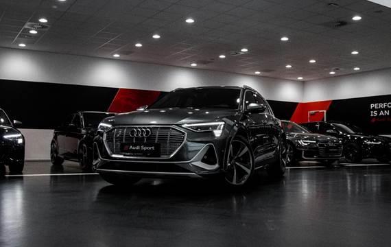 Audi e-tron S quattro