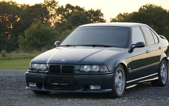 BMW 328i 2,8