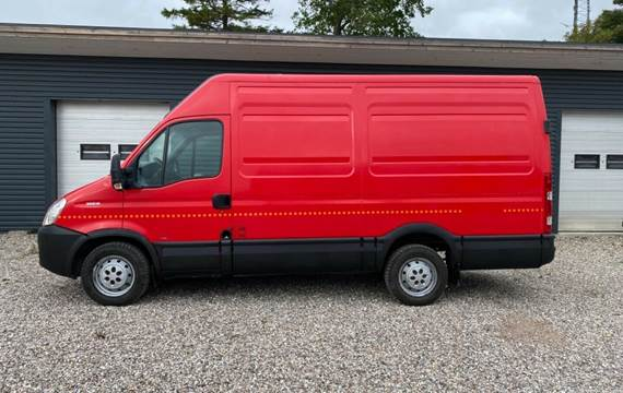 Iveco Daily 3,0 35S18V 12m³ Van