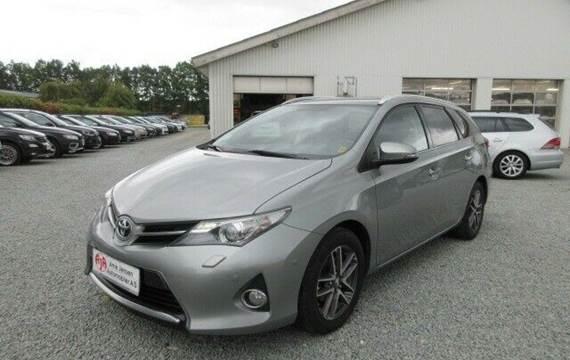 Toyota Auris 1,6 T2+ Touring Sports