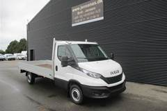 Iveco Daily 3,0 35S18 4100mm  D  Ladv./Chas. 8g Aut.