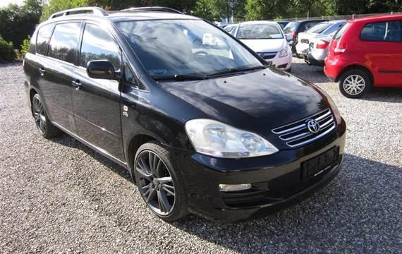 Toyota Sportsvan 2,0 Toyota SportsVan 2,0 D-4D 116HK Van