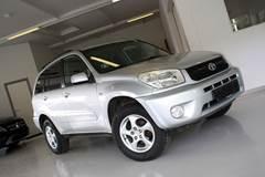 Toyota RAV4 1,8 VVT-i Van