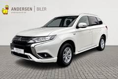Mitsubishi Outlander PHEV  Plugin-hybrid Inform+ 4WD 224HK 5d 6g Trinl. Gear