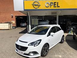 Opel Corsa 1,6 OPC  Turbo  3d 6g