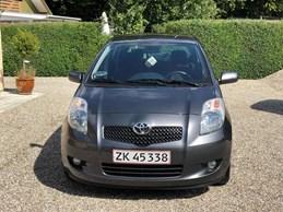 Toyota Yaris 1,4 D - 4D 5 DØRS