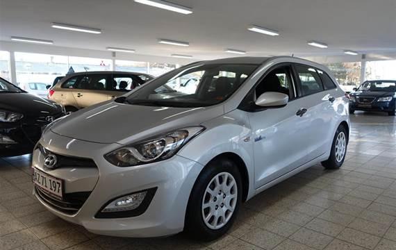 Hyundai i30 1,6 Cw  CRDi Comfort XTR ISG  Stc 6g