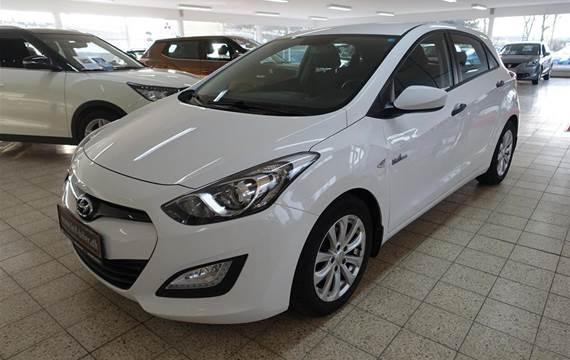 Hyundai i30 1,6 CRDi Comfort XTR ISG  5d 6g