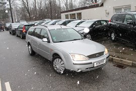 Ford Mondeo 1,8 Ambiente stc.