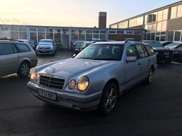 Mercedes E290 2,9 TD Elegance stc. aut.