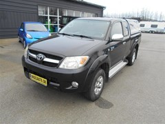 Toyota HiLux 2,5 TD Extra Cab 4WD  Pick-Up