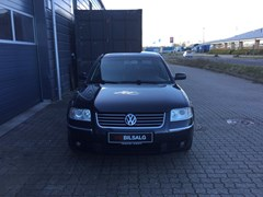 VW Passat 2,8 193 Highline 4M