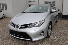 Toyota Auris 1,6 T2+ TS