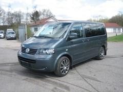 VW Multivan 2,5 TDi 174 Comfortline 10prs