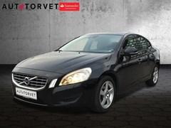 Volvo V60 2,0 D3 136 Kinetic