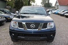 Nissan Navara 2,5 dCi 171 Db.Cab LE 4x4