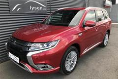 Mitsubishi Outlander 2,4 PHEV Instyle 4WD  5d 6g Trinl. Gear