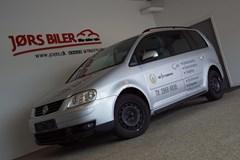 VW Touran 2,0 TDi 140 Trendline DSG Van