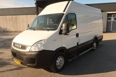 Iveco Daily 35S13 13,2m³ Van AG 2,3