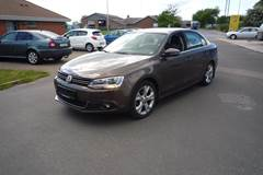 VW Jetta TDi 105 Highline BMT 1,6
