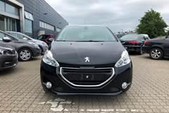Peugeot 208 VTi Allure Sky 1,2