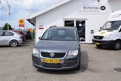 VW Touran TDi 105 Conceptline Van 1,9