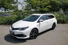 Toyota Auris Hybrid Selected TS CVT 1,8