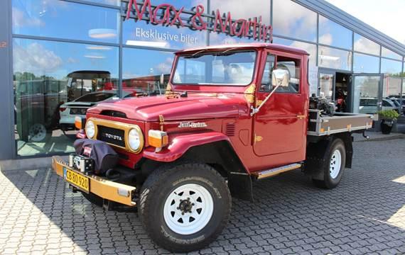 Toyota Land Cruiser Pick-up 3,9