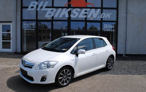 Toyota Auris Hybrid 1,8