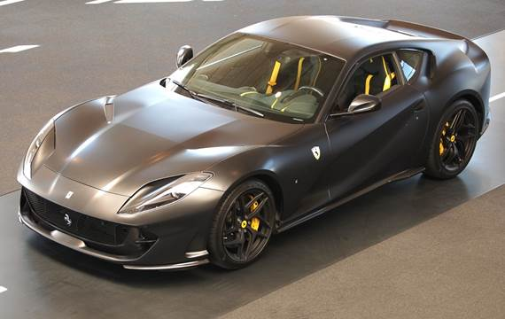 Ferrari 812 Superfast DCT 6,5