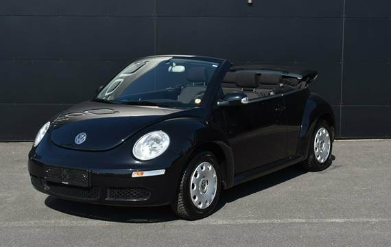 VW New Beetle Trendline Cabriolet 1,6