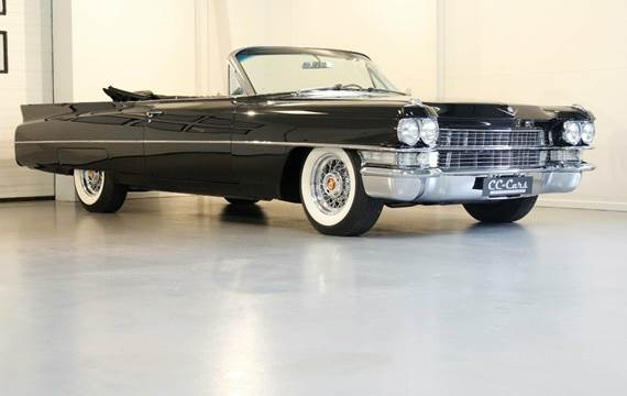 Cadillac Convertible Series 62 6,4