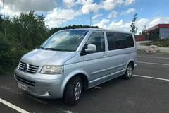 VW Multivan TDi 174 Highline 2,5