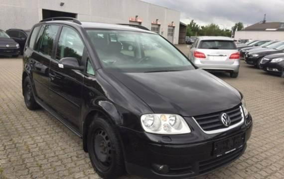 VW Touran TDi 140 Trendline DSG 2,0