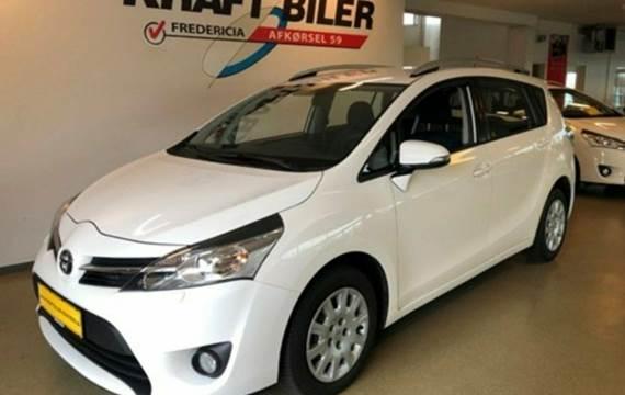 Toyota Sportsvan D-4D T1 1,6